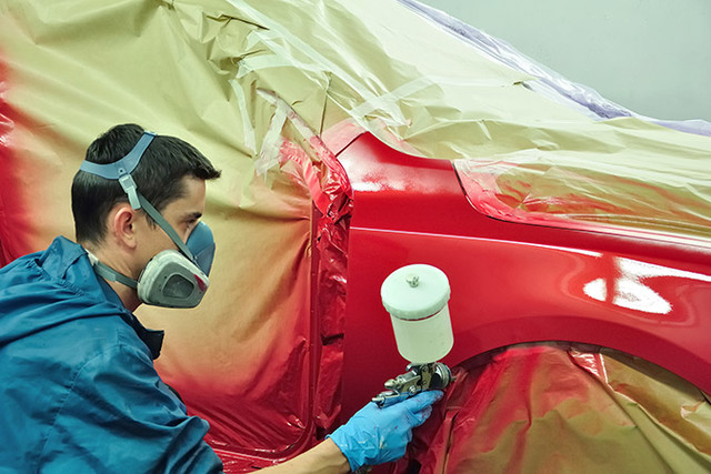 modern-car-spray-painting-equipment-and-marque-specialist